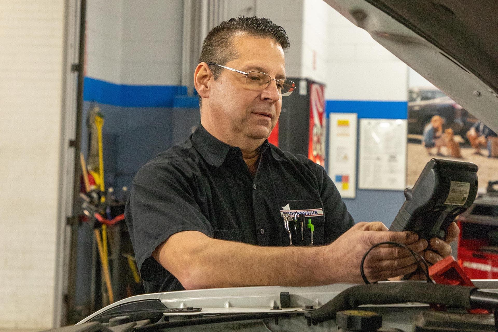 Progressive Chevrolet Service Technician Dan Leone