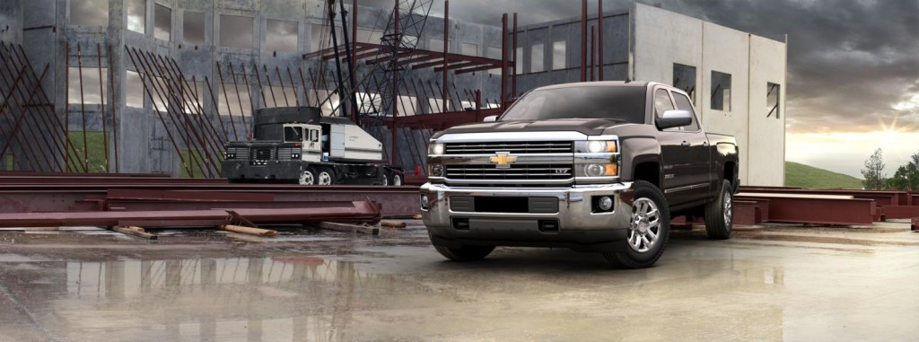 Chevrolet Silverado 2500HD front view