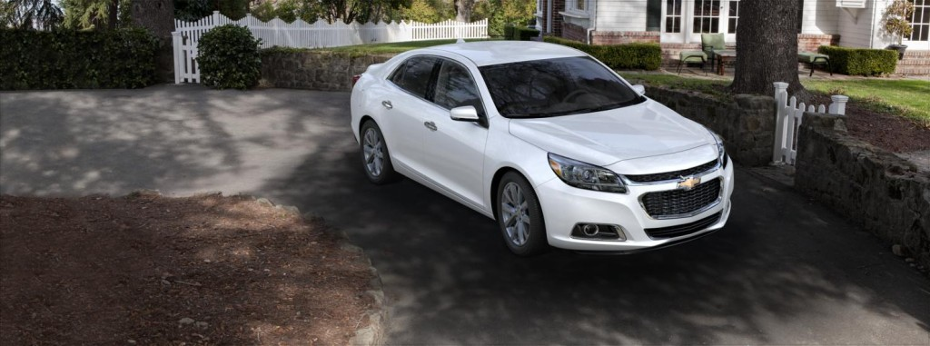 2015 Chevrolet Malibu front side view
