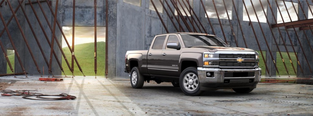 Chevrolet Silverado 2500HD side view