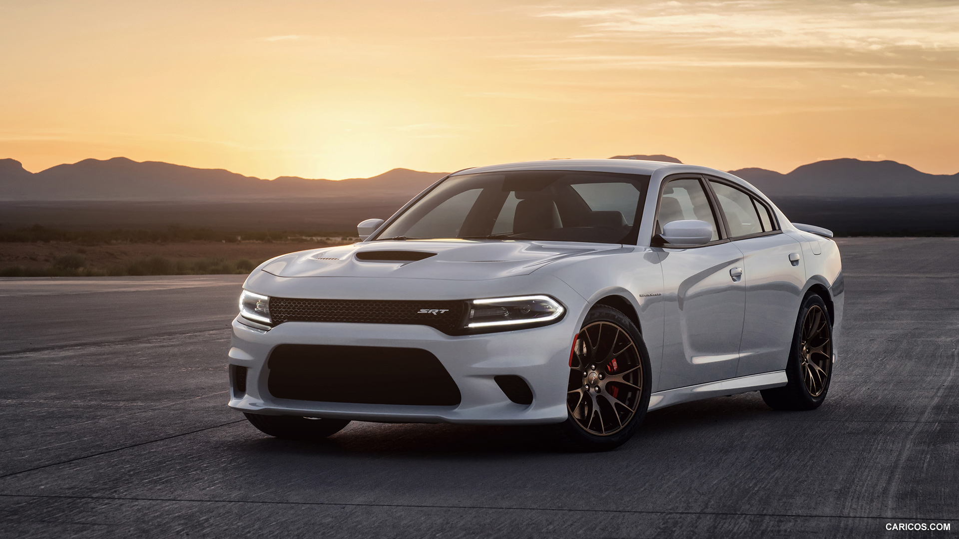 charger t the feature seat rt dodge r in blacktop s driver review chargers