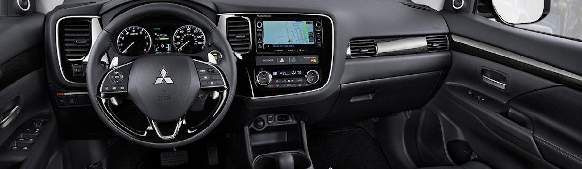 2016-Mitsubishi-Outlander-Interior