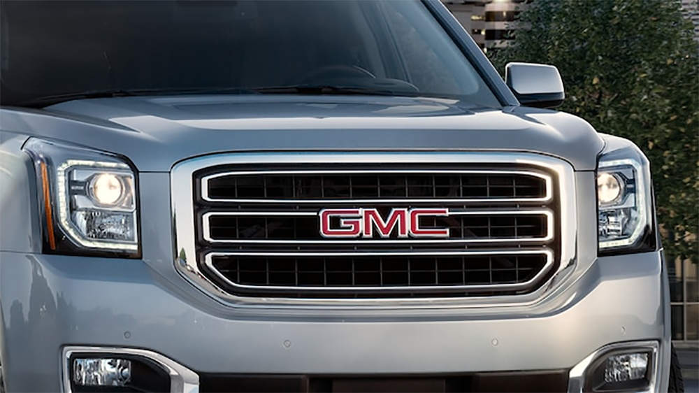2019 yukon detail chrome grille