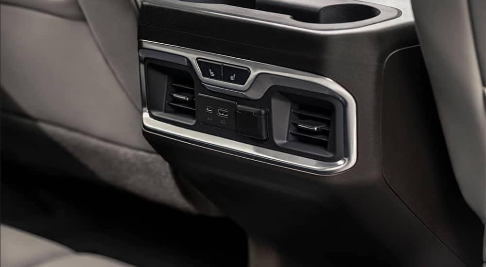 2019 GMC Sierra 1500 interior features