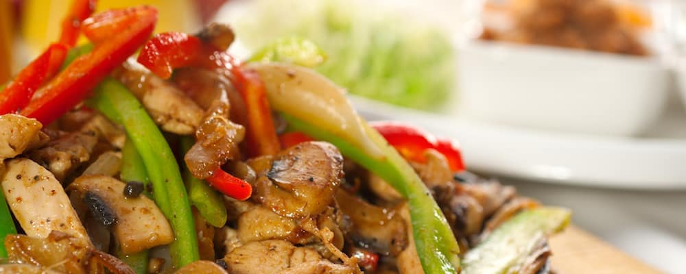 Fajita with green peppers and chicken