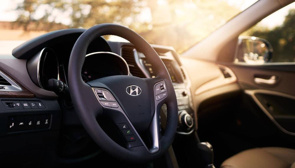 2018 Hyundai Santa Fe SE Gallery steering wheel