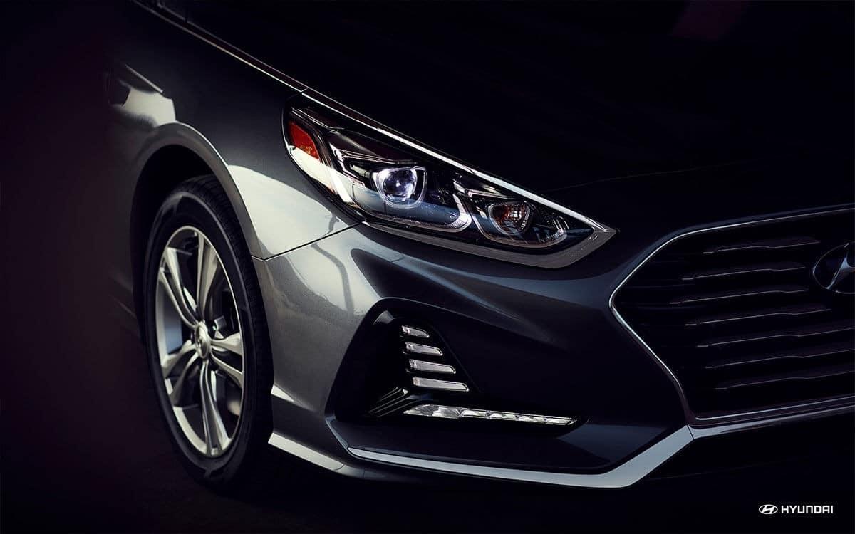 2018 Hyundai Sonata headlight