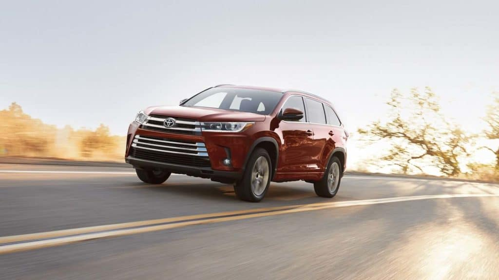 2019 Toyota Highlander Maroon on Highway