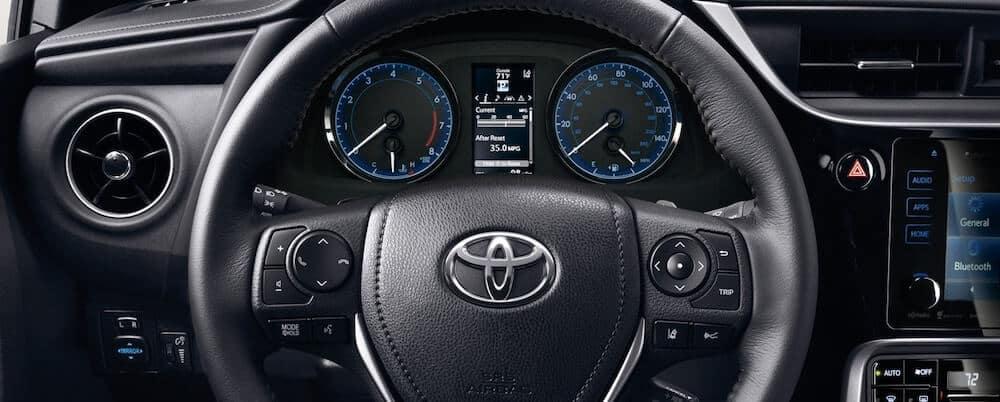 2019 Toyota Camry Vs 2019 Toyota Corolla Performance Specs