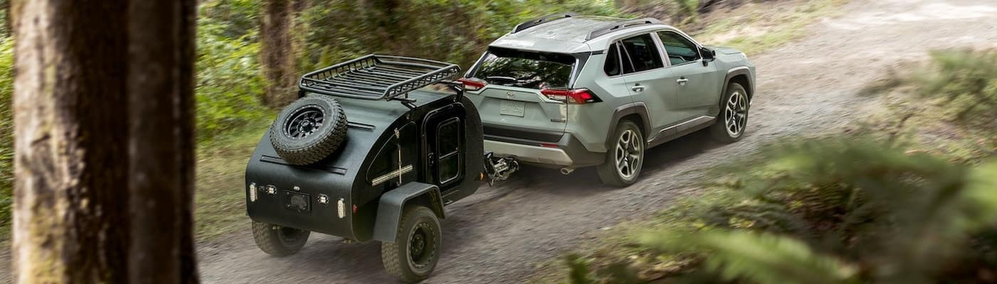 2019 toyota rav4 with trailer hitched