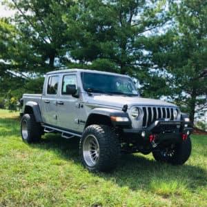 Jeep Gladiator w/ 20