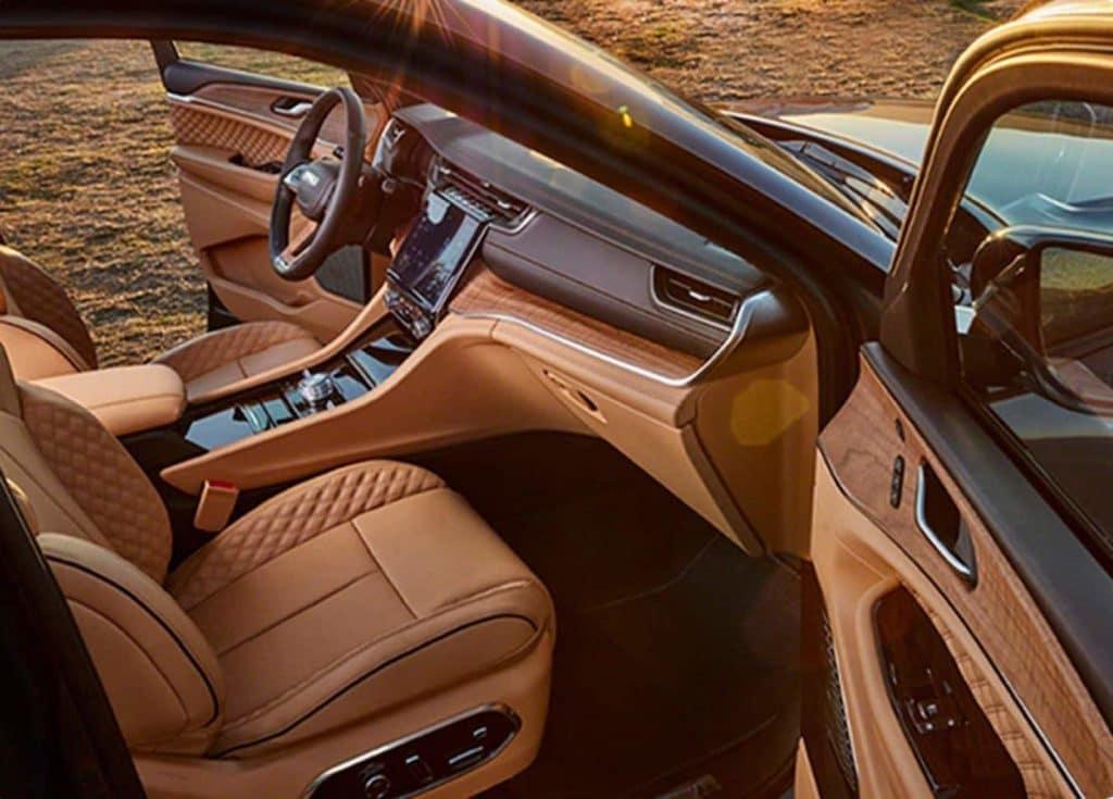 2021 Grand Cherokee L interior overview