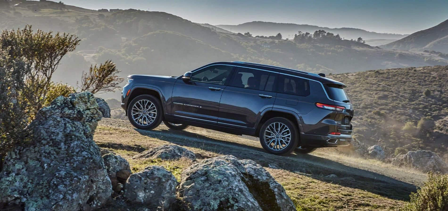2021-Grand-Cherokee-L-3-Row-Safety-And-Security-Features available Warrenton, VA