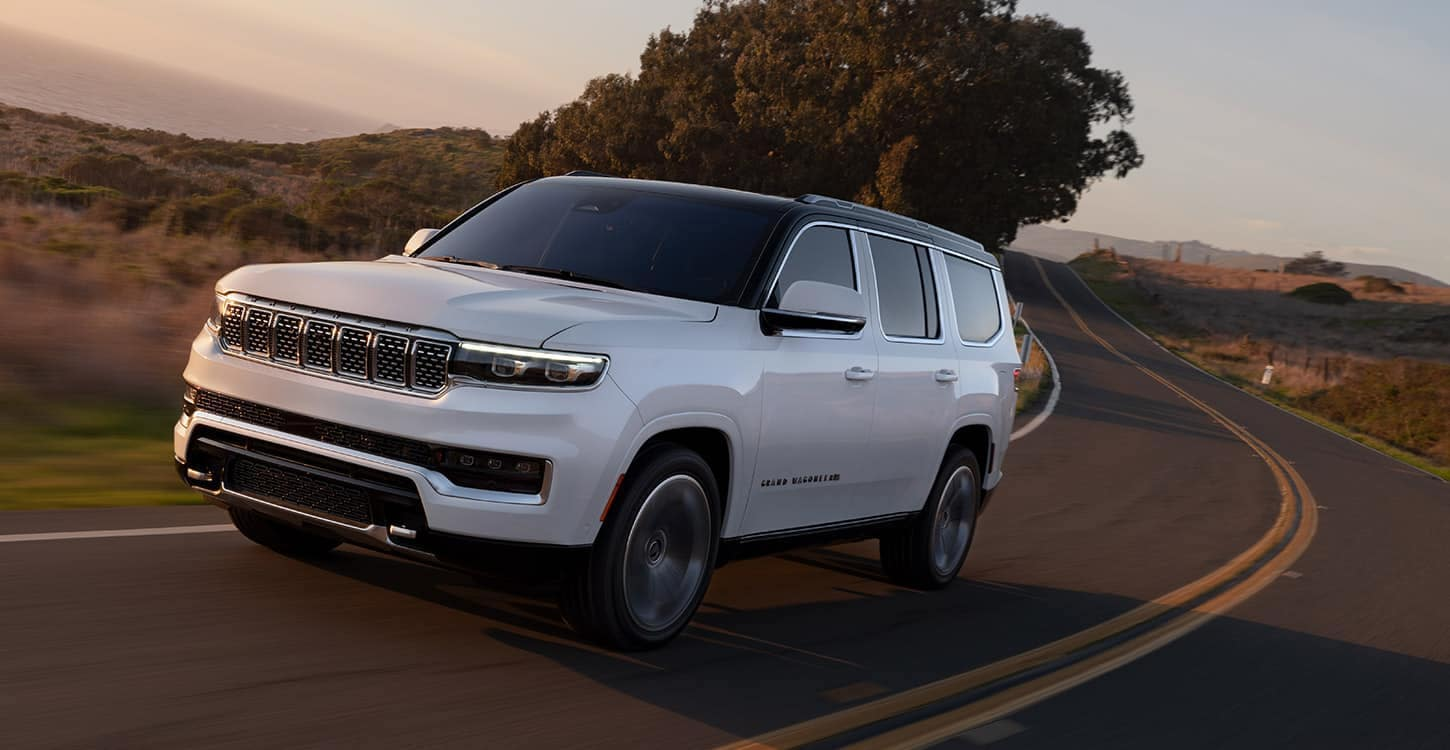 2022 Grand Wagoneer Engine and Towing Capacity