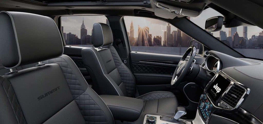 2021 Jeep Grande Cherokee Interior available in Winchester, VA