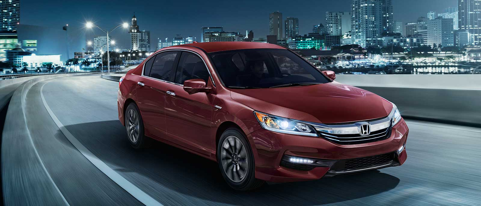 2017 Honda Accord Hybrid city driving
