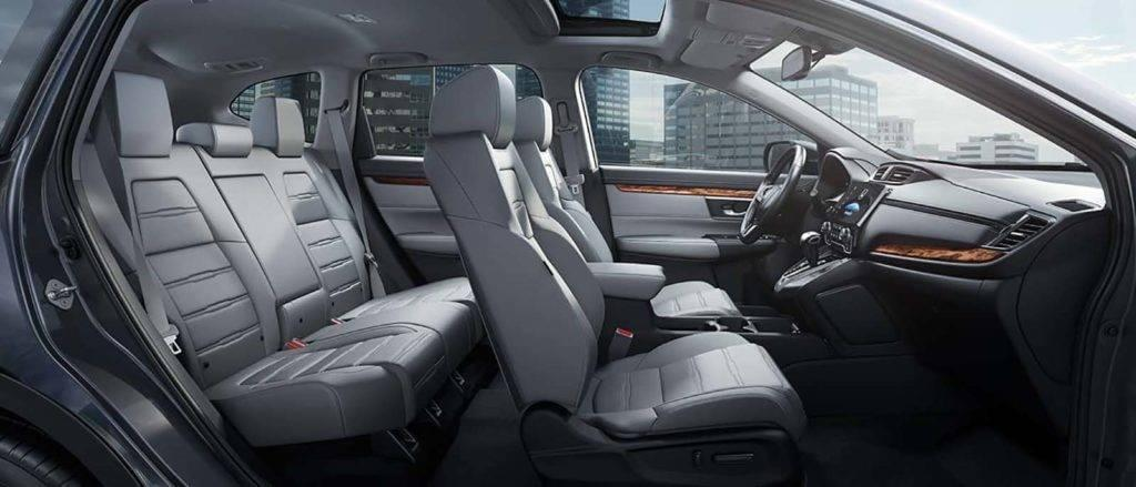 Step Inside The 2017 Honda Cr V Suv S Roomy Interior