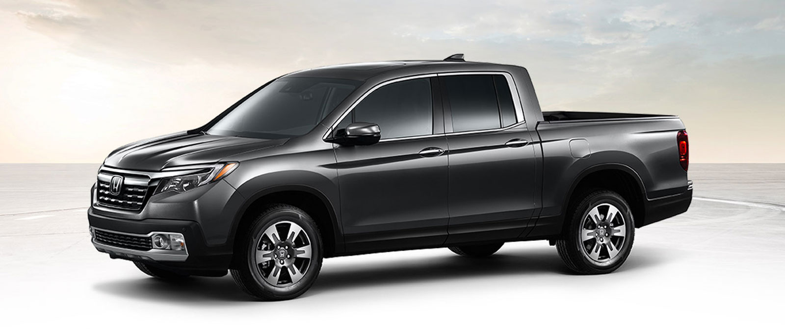 the new 2017 honda ridgeline delights raynham plymouth drivers. Black Bedroom Furniture Sets. Home Design Ideas