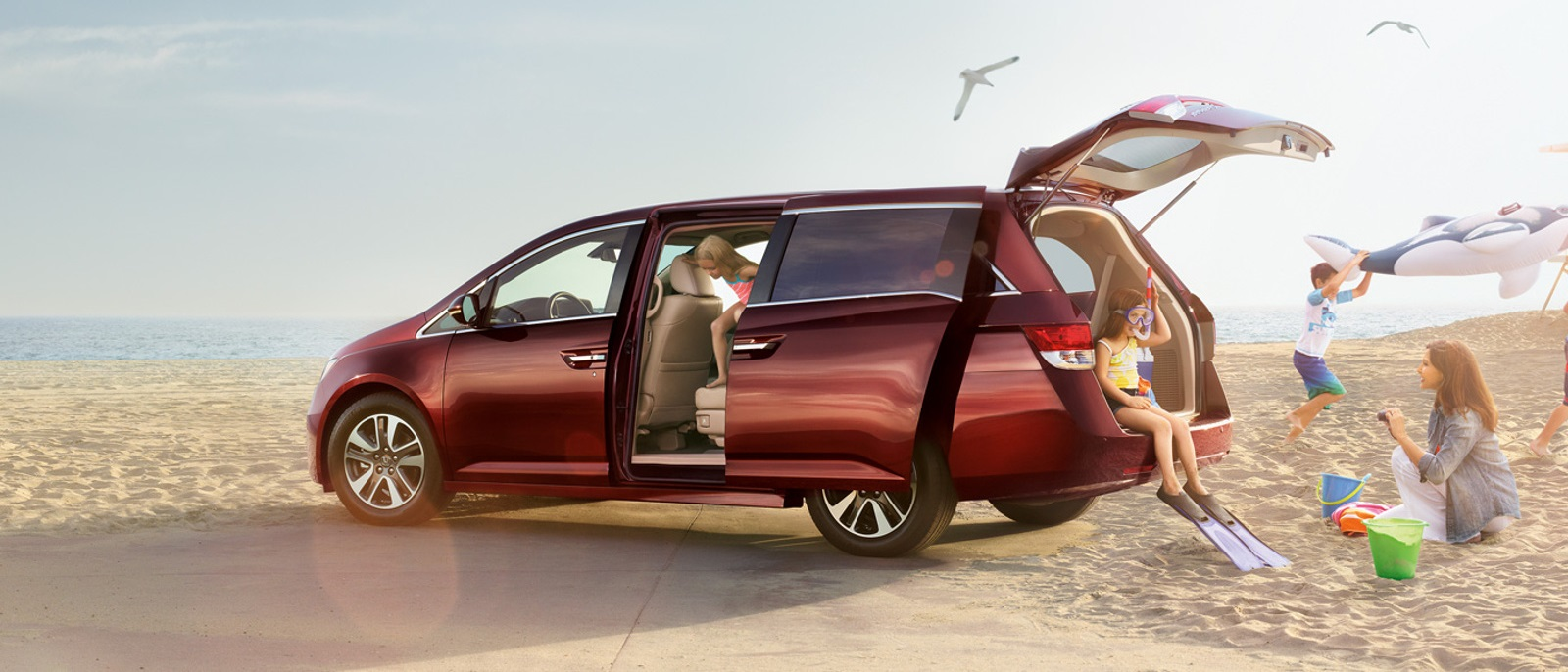 2016 Honda Odyssey on the beach