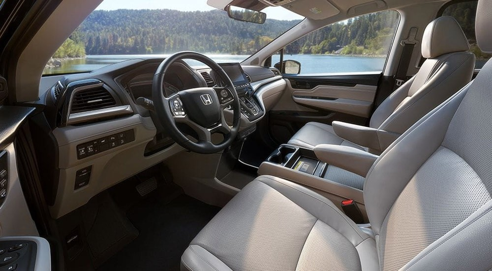 2018 Honda Odyssey Front Interior