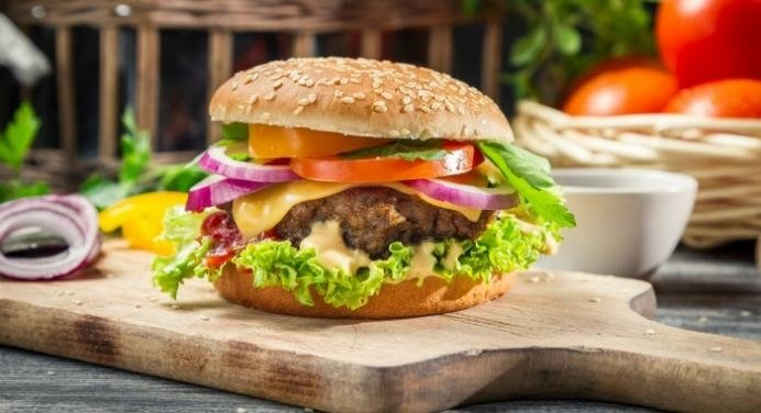 Old Fashioned Grilled Cheeseburger