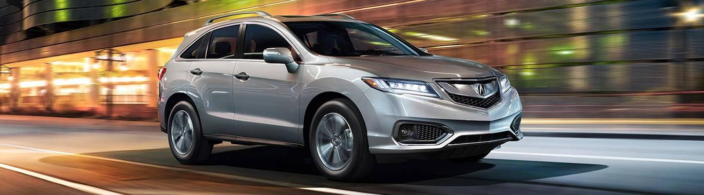 2017 Acura RDX Driving in the city