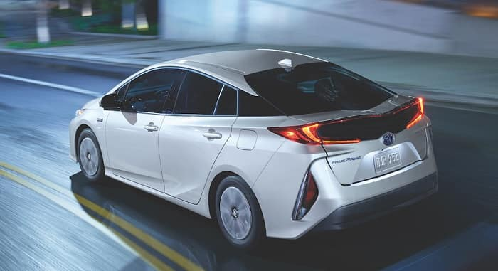 Shop hybrid Toyota vehicles at Toyota of Clermont.
