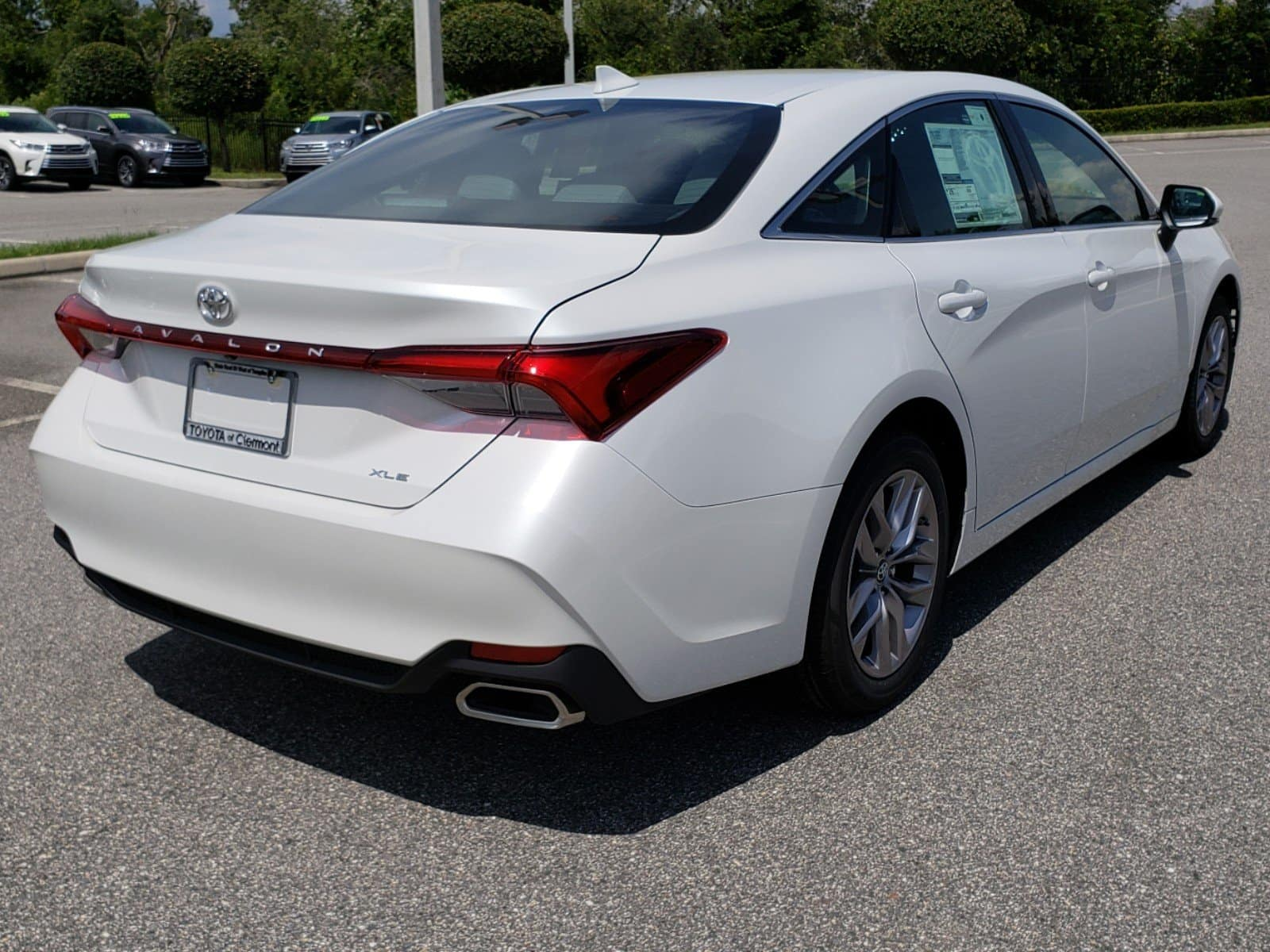 Clermont Toyota Avalon