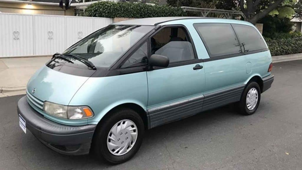 Toyota Previa for sale in Clermont.