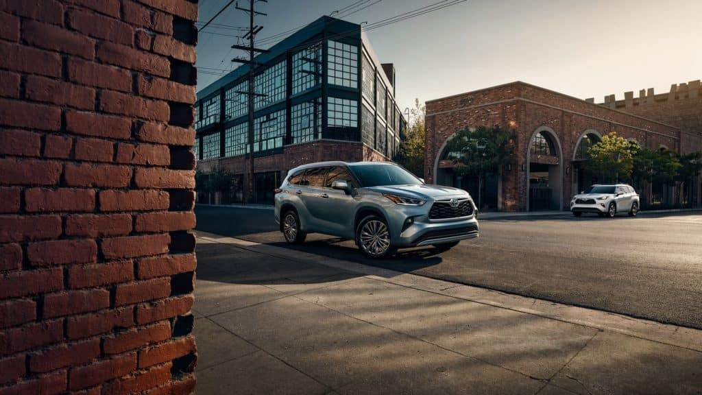 New 2020 Toyota Highlander in Clermont