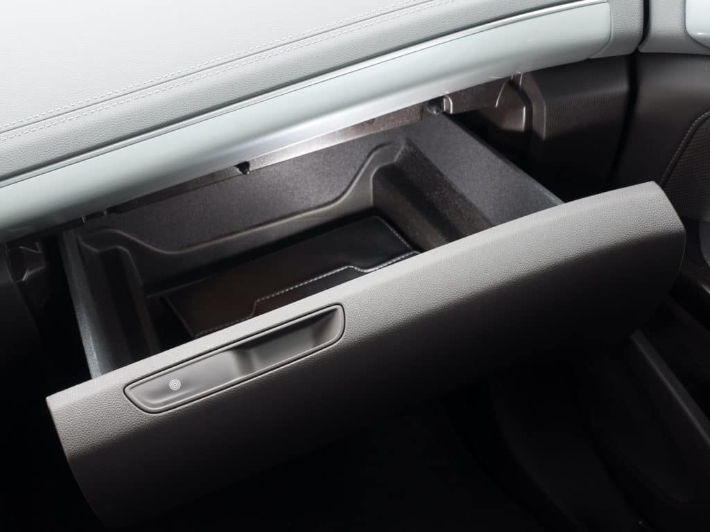 Toyota of Clermont glove compartment tips