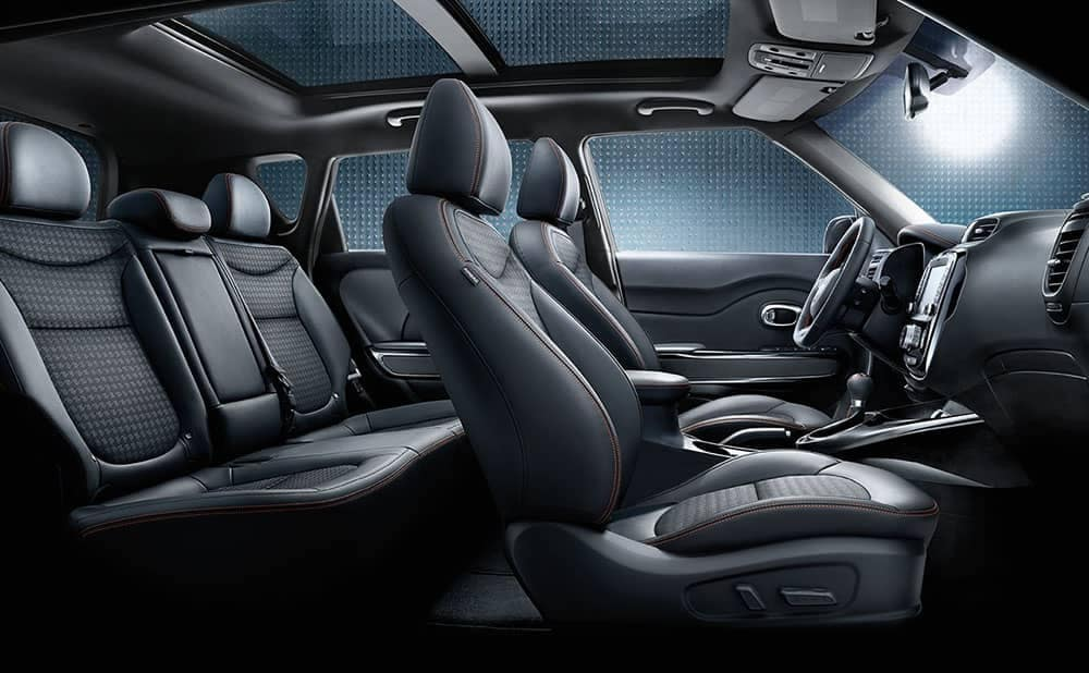 2019 Kia Soul seating and sunroof