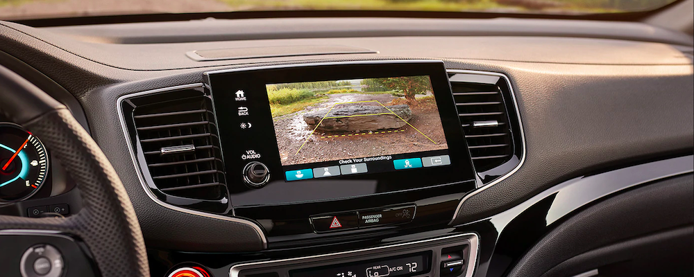 Honda Passport interior dashboard backup camera