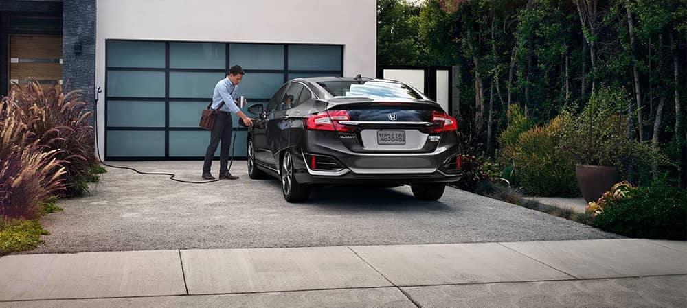 2018 Honda Clarity In Driveway