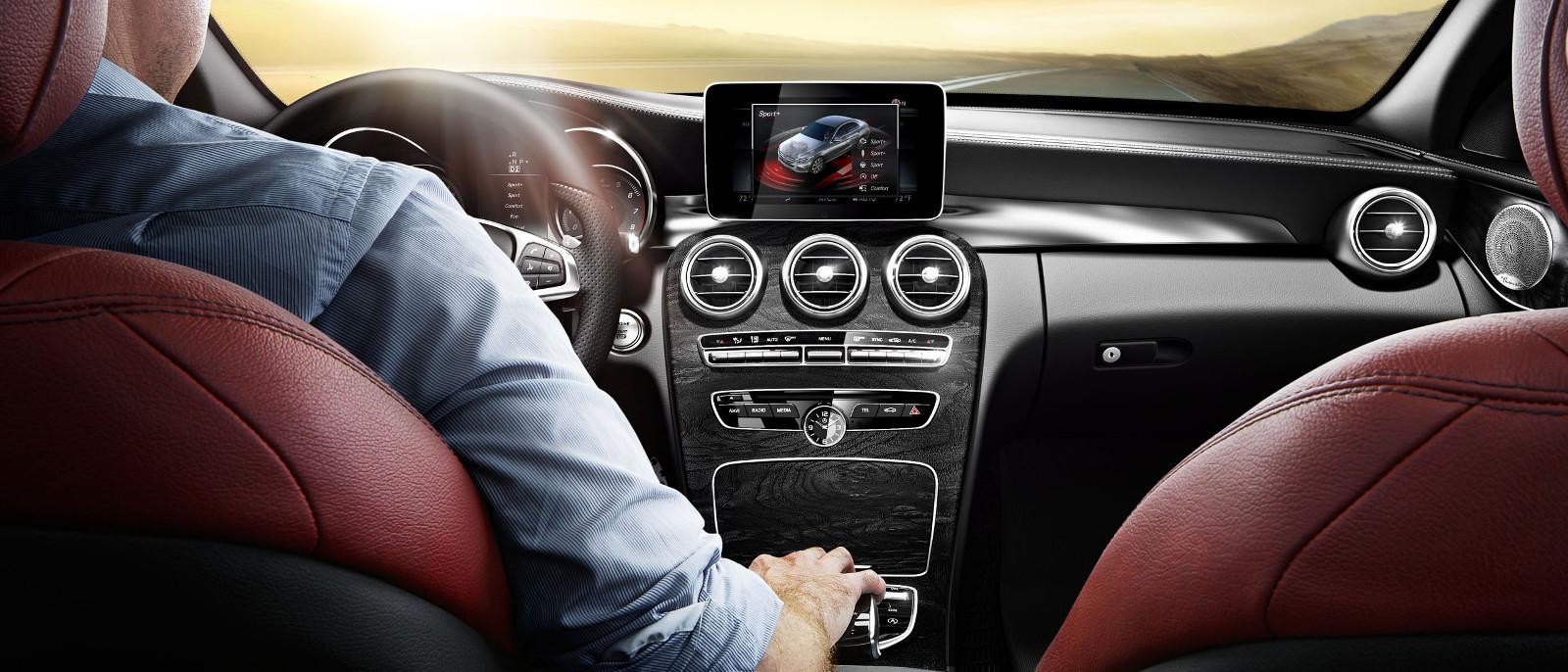 2015 Mercedes-Benz C400 4MATIC Interior