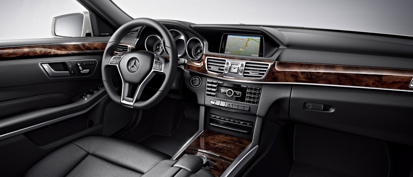 2015 Mercedes-Benz E400 4matic Interior