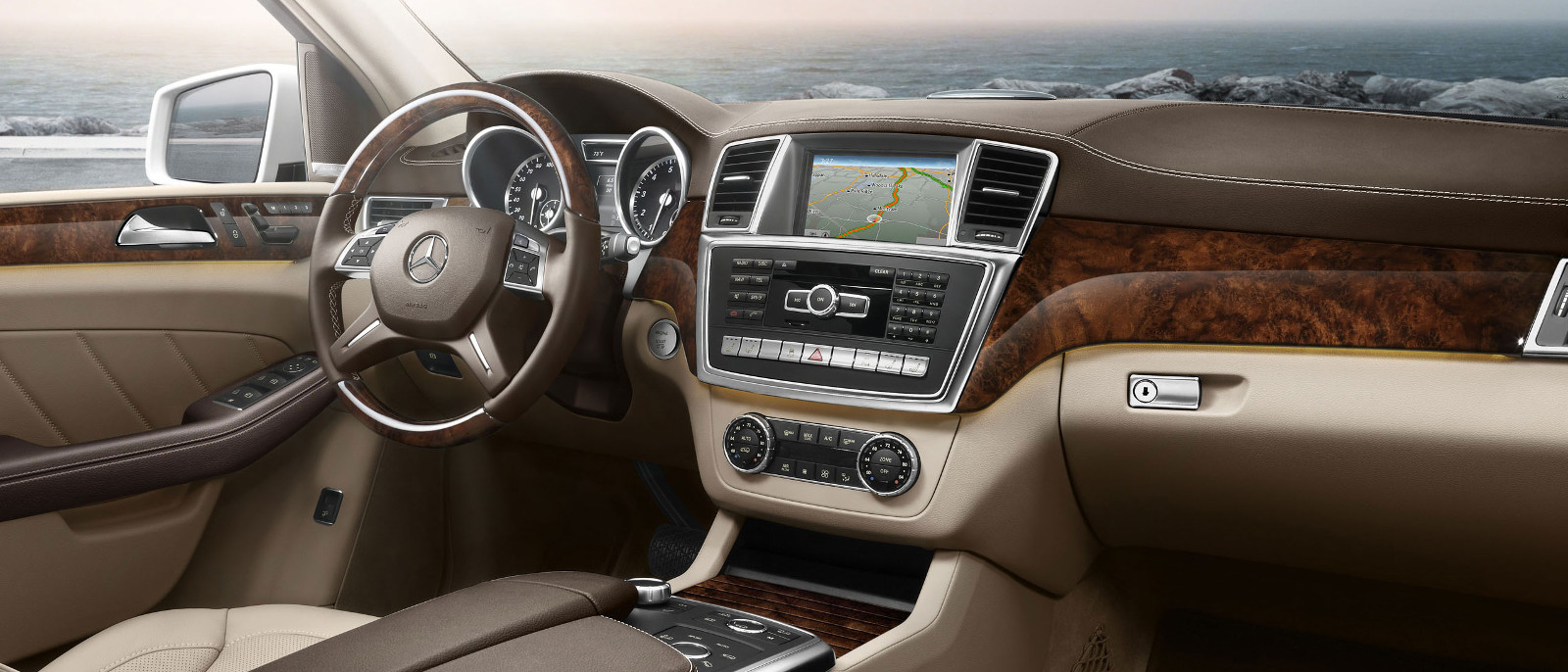 2015 Mercedes-Benz GL550 Interior