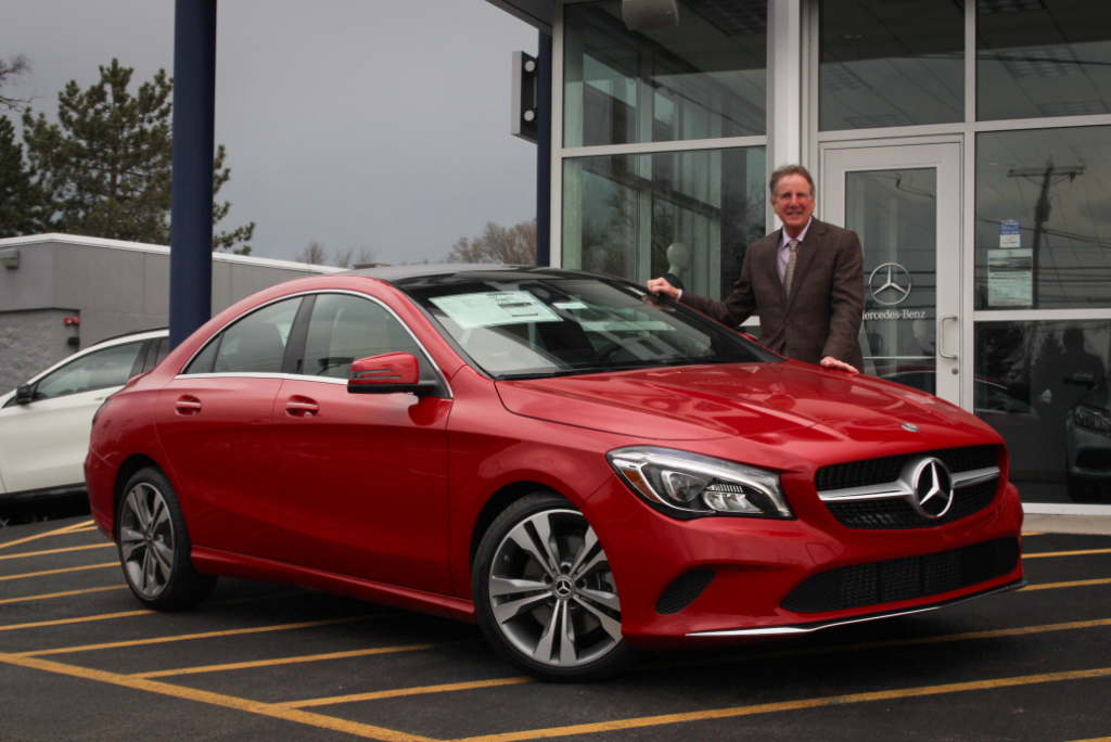Mercedes benz special offers vin devers autohuas for Mercedes benz cla lease deals