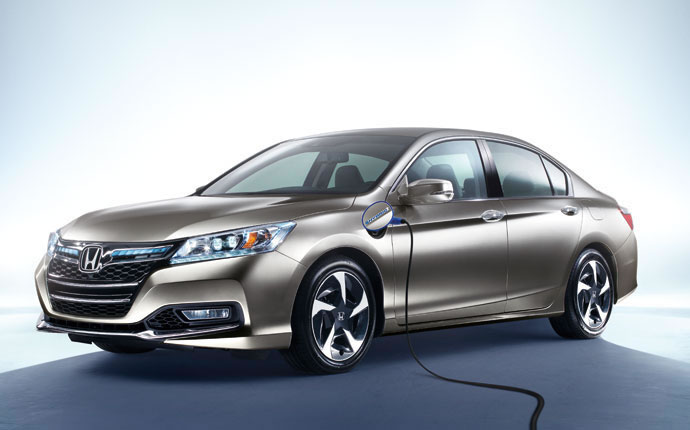 2015-Accord-Plug-In