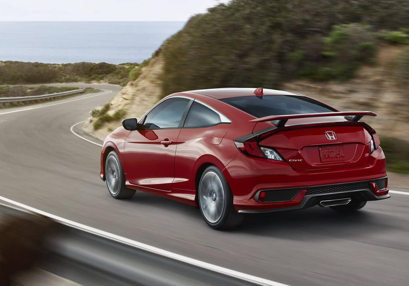 2017 Honda Civic Si Coupe Exterior Rear Angle Drive