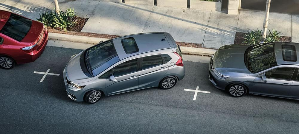 2018 Honda Fit Parking
