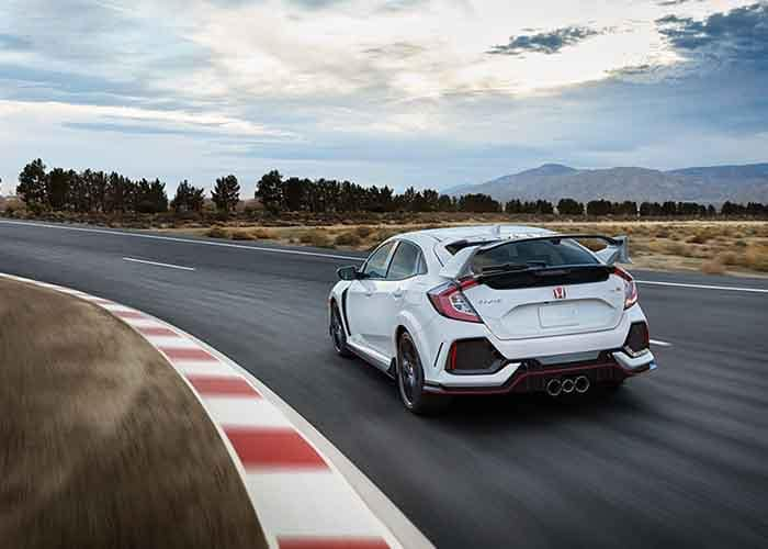 2018 Honda Civic Type R driving