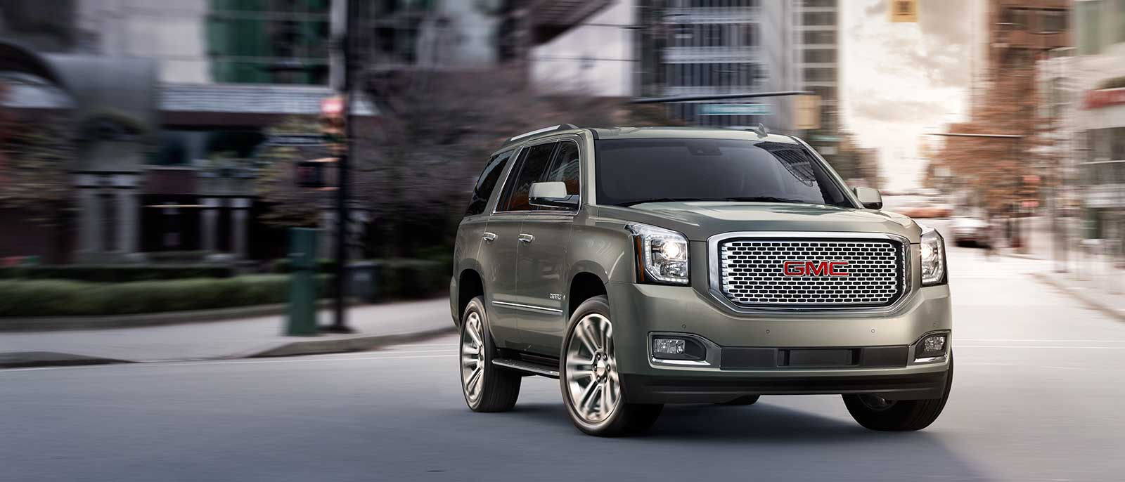 Take A Ride In The Powerful And Roomy 2017 Gmc Yukon Suv