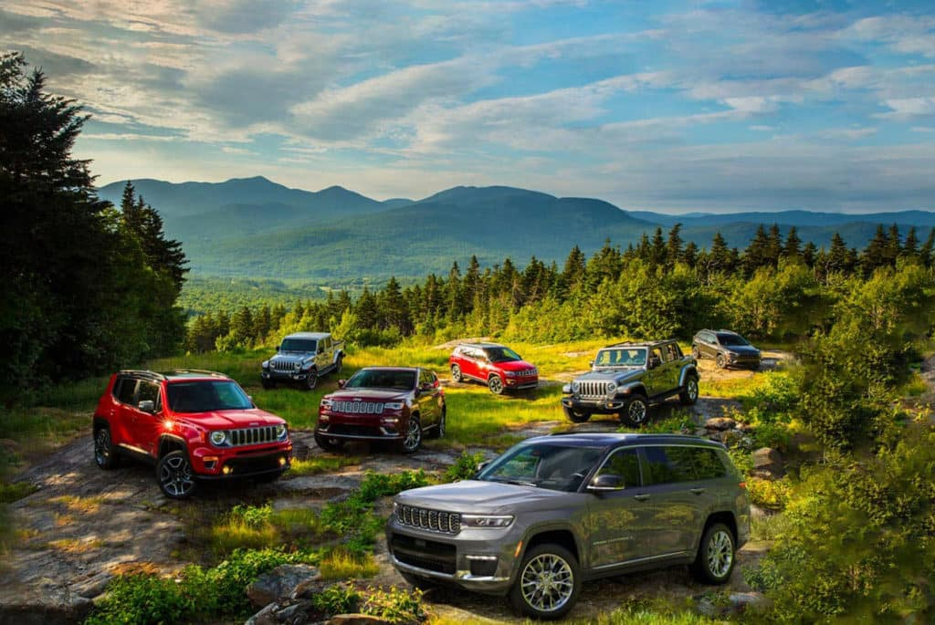 Select 2021 Jeep Cherokee, Compass and Renegade Models