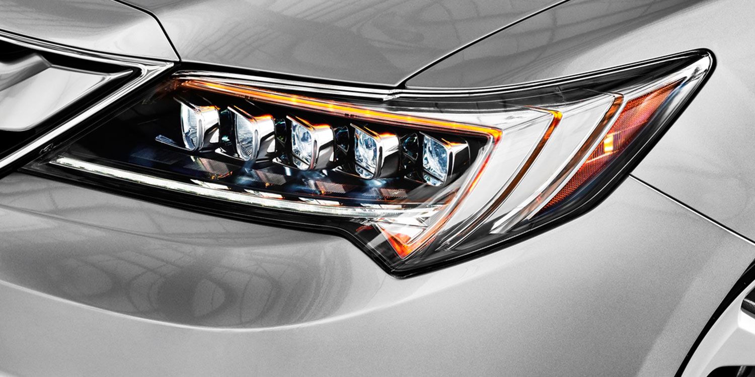 2017 Acura ILX Jewel Eye Headlights