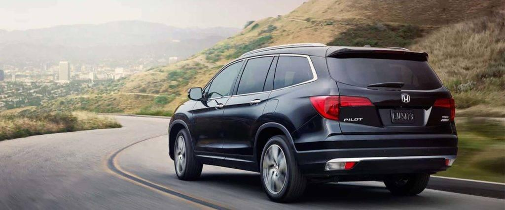 The 2017 honda pilot has the utility features to tackle life for 2017 honda pilot features