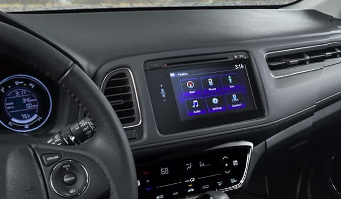 2018 Honda HR-V touchscreen