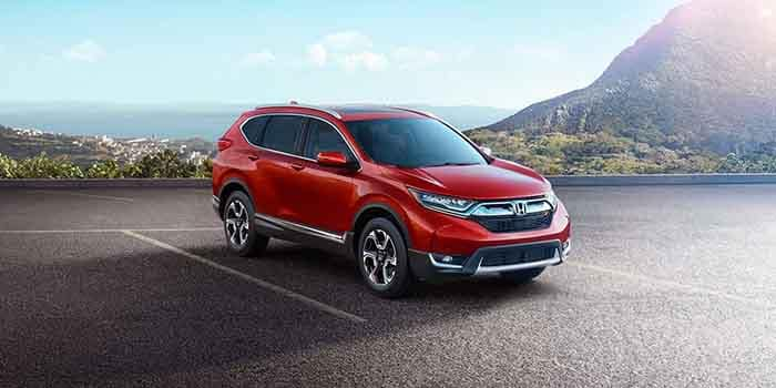 2018 Honda CR-V parked in front of mountains