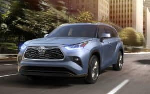Come test drive the 2020 Toyota Highlander serving Bossier City