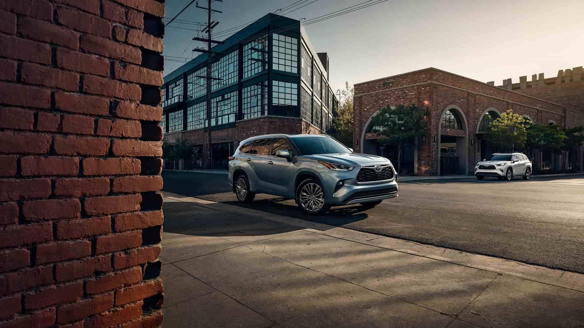 Purchase a SUV Online 2020 Toyota Highlander Hybrid Near Bossier City LA